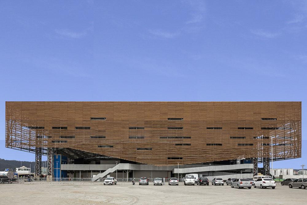 http://architectureofthegames.net/wp-content/uploads/2016/07/Rio-2016-Future-Arena-Handball-2.jpg