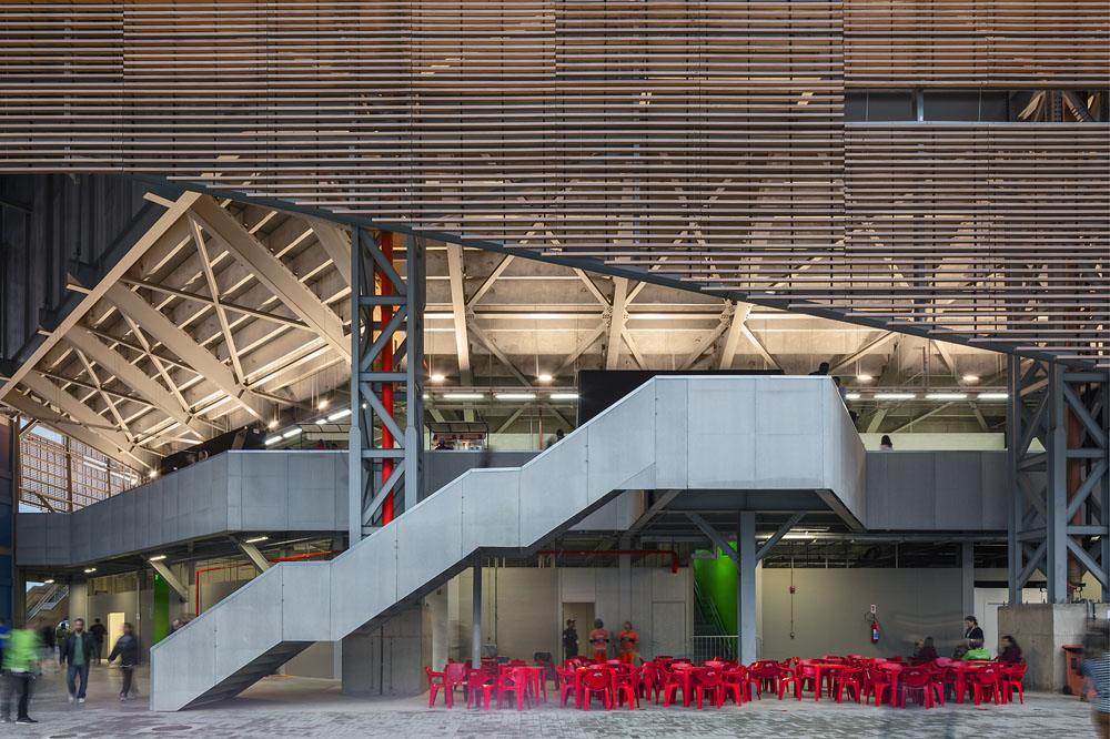 http://architectureofthegames.net/wp-content/uploads/2016/07/Rio-2016-Future-Arena-Handball-6.jpg