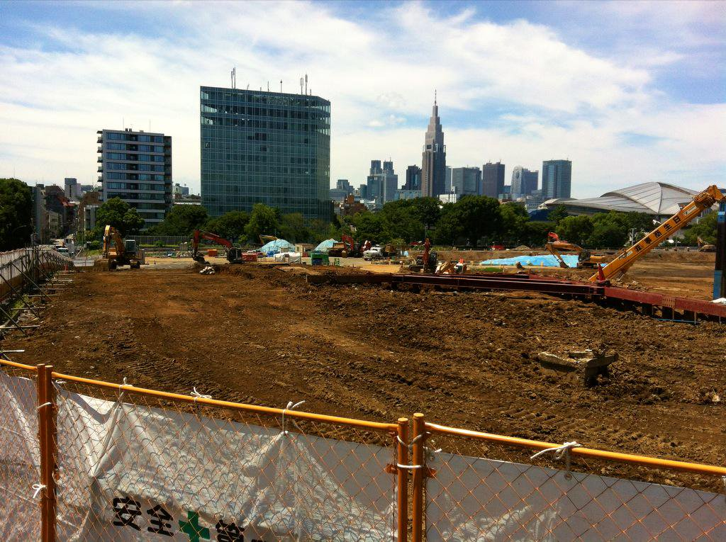 Andy-e49er/Accurasal ‏@Accurasal 1 sep. 2015 Pic is current land space for a new Olympic Stadium Tokyo 2020.